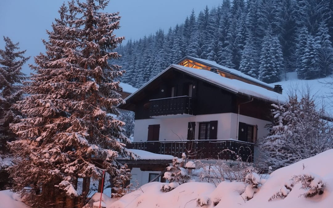 5 Reasons To Book A Self-Catered Ski Chalet In France